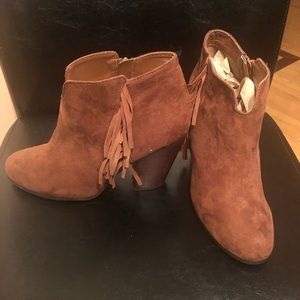 Women's Size 8 Chestnut Brown Leather ankle boots
